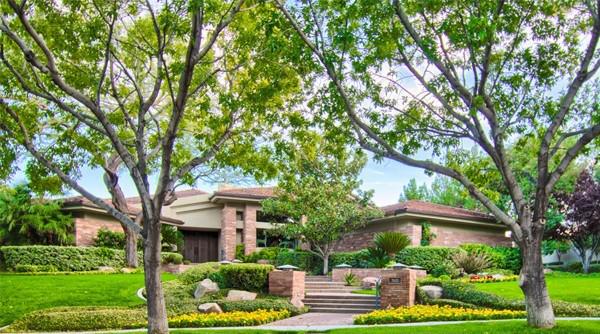 Tournament Hills Real Estate