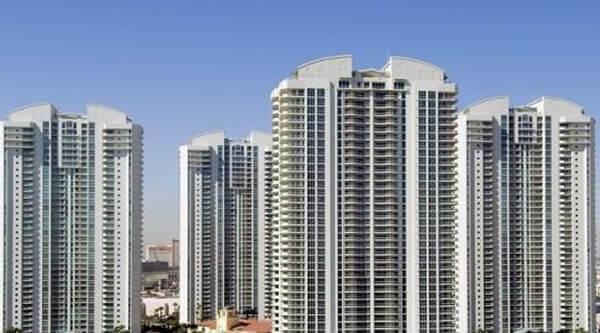Turnberry Place Las Vegas High Rise Condos